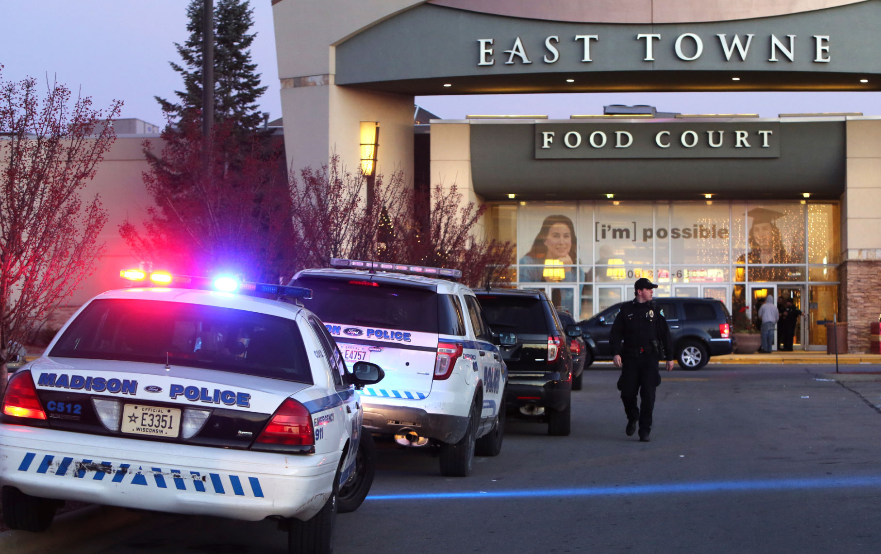 East Towne shooting Police stymied in mall