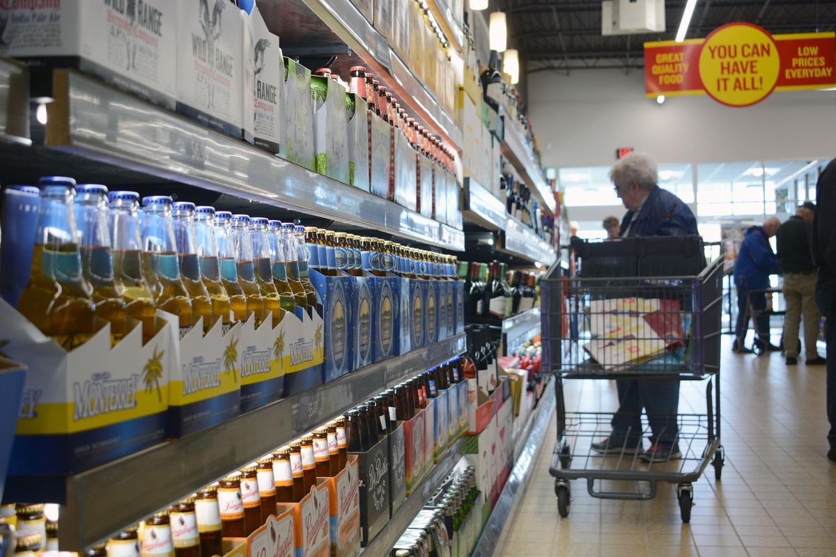Aldi's opens remodeled store