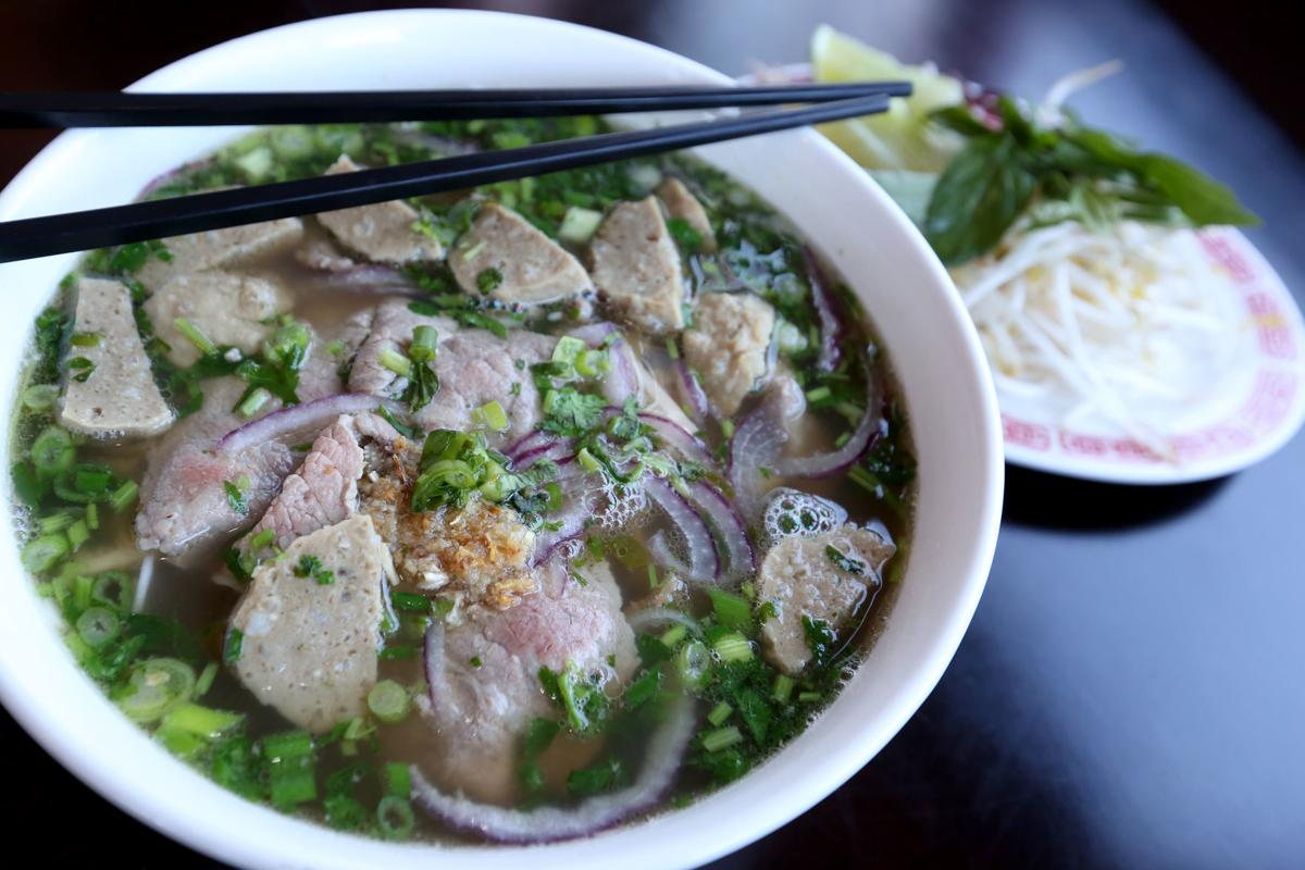 Let S Eat With Aromatic Soups And A Bright New Look Sunny Pho Brightens South Park Restaurants Madison Com