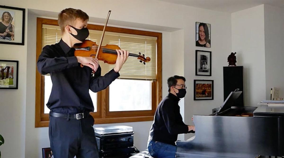 Dexter Mott in mask auditioning for 'The Final Forte'