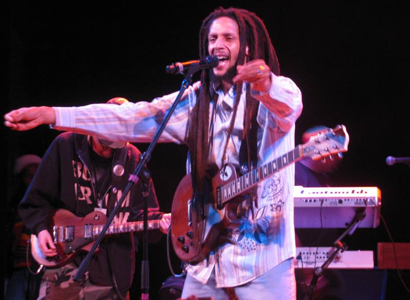 Julian Marley centerstage