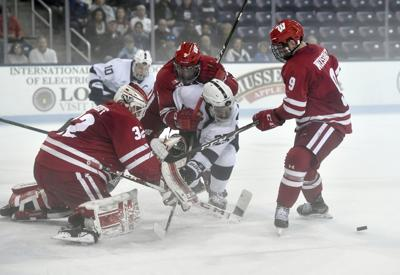 Wisconsin Penn St Hockey photo