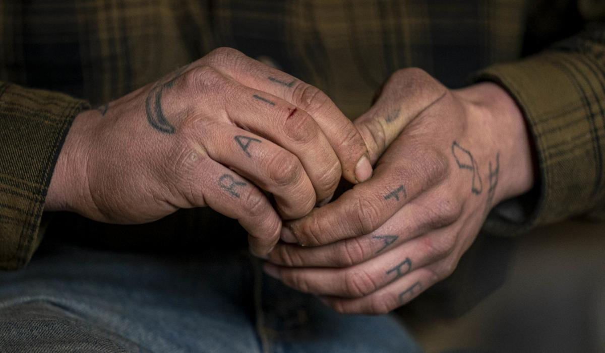 Derek Endres' hands