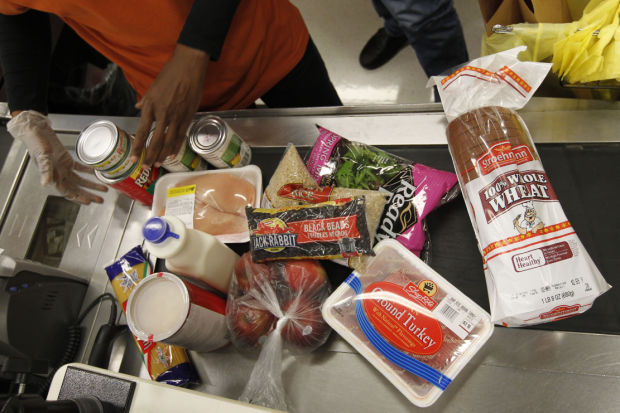 Food Stamps groceries shopping, file photo