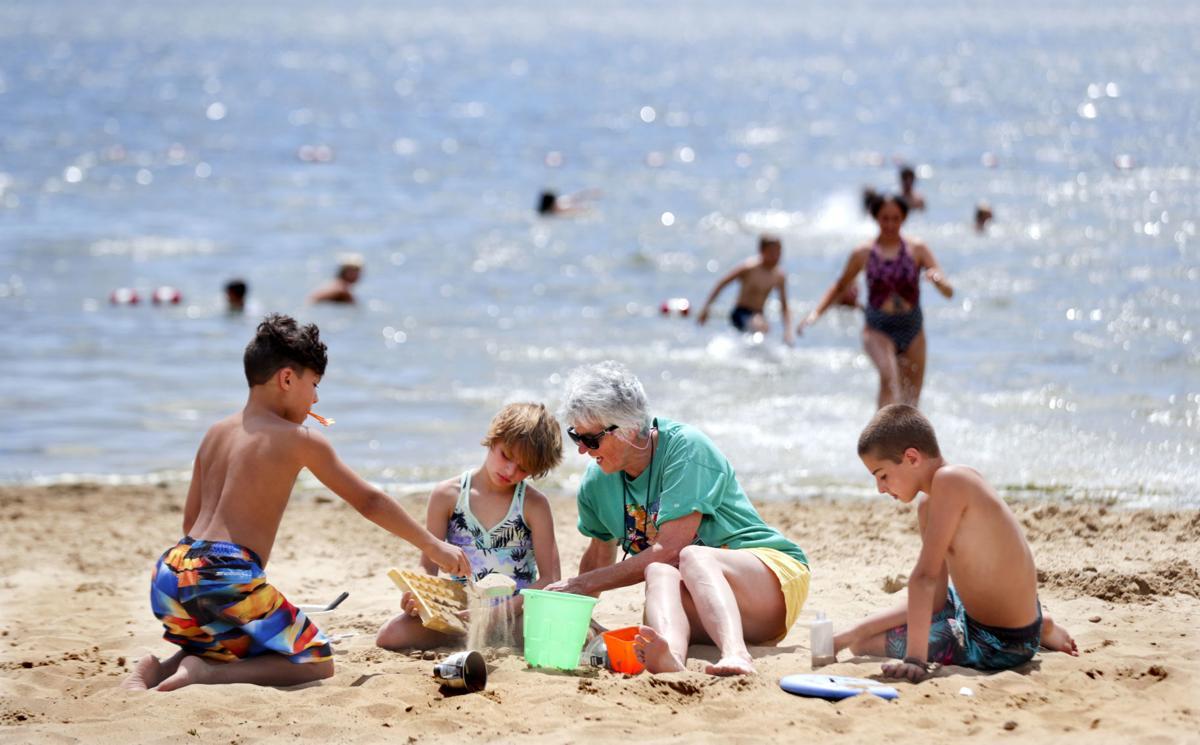 2019-07-15-Beach Day-07152019145821