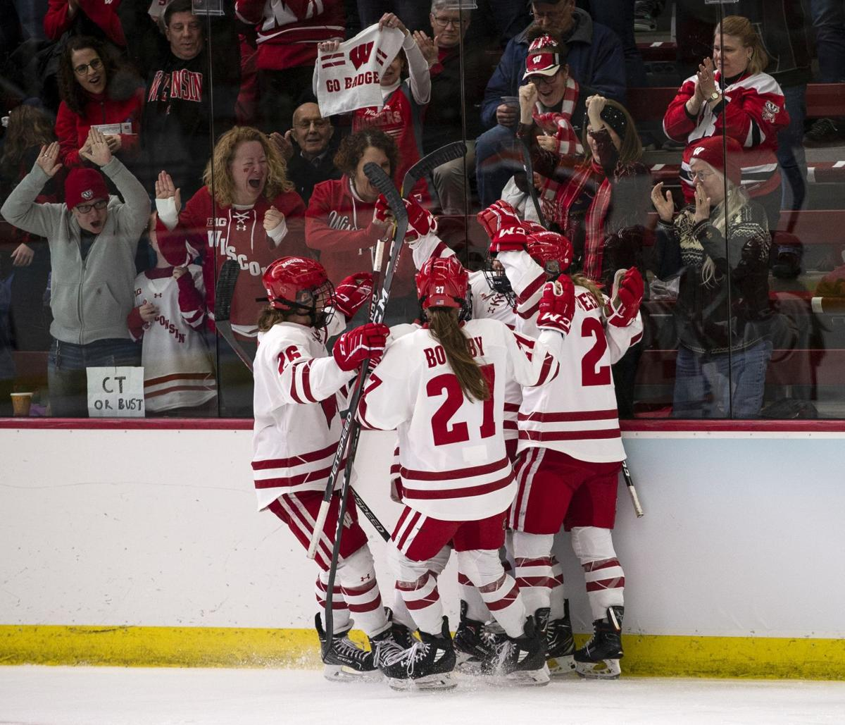 Badgers women's hockey vs. Syracuse