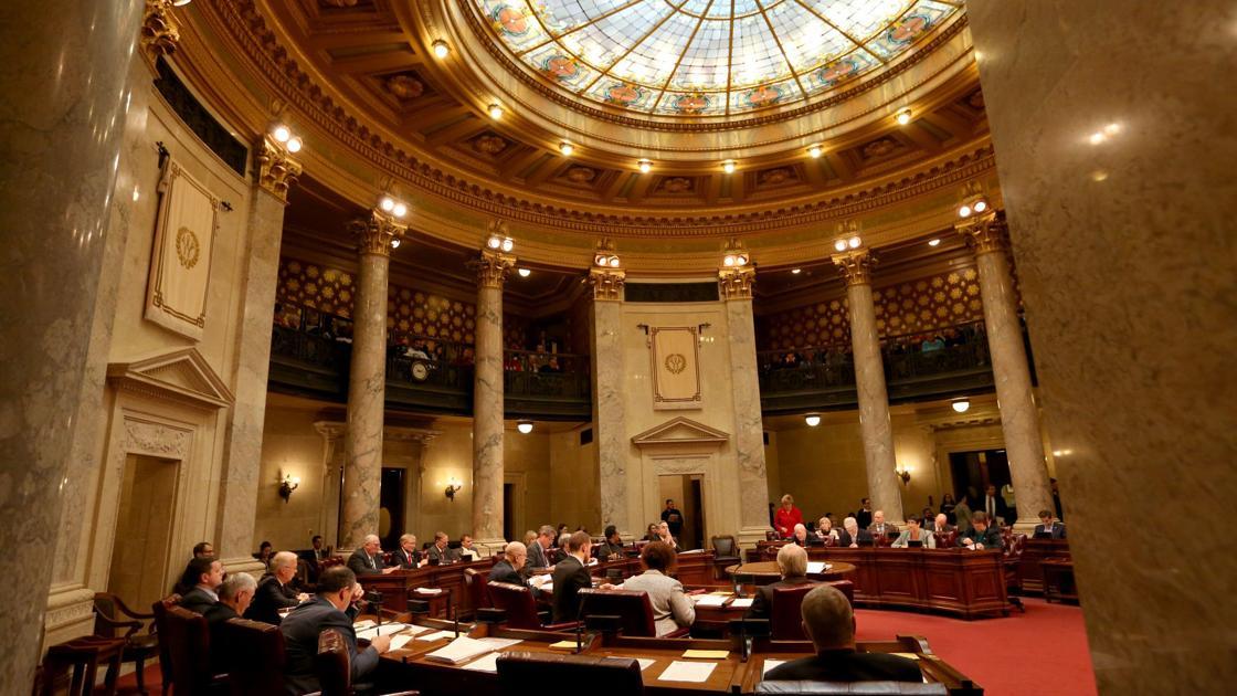 Senate Democrats block action on GOP tax cut plan, health care bill following heated debate