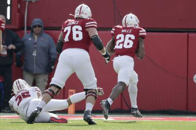 Badgers' new defensive alignment produces mixed results