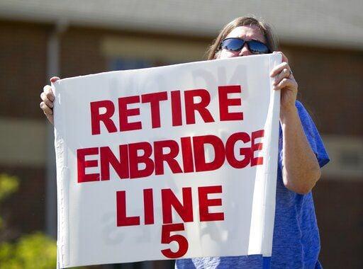 Enbridge hires companies to design, build Great Lakes tunnel (copy)