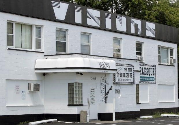 Visions strip club sign violation