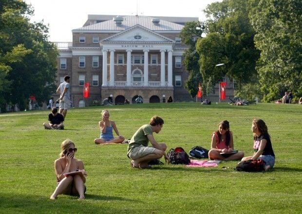 UW students on Bascom Hill