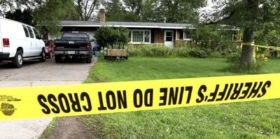 5 dead, 2 injured in residential shootings in Wisconsin