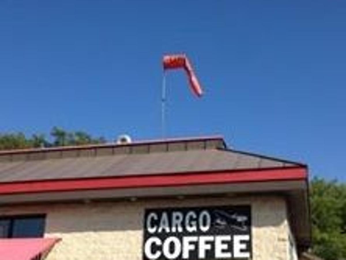 Cargo Coffee owner raps Soglin over sign ordinance enforcement