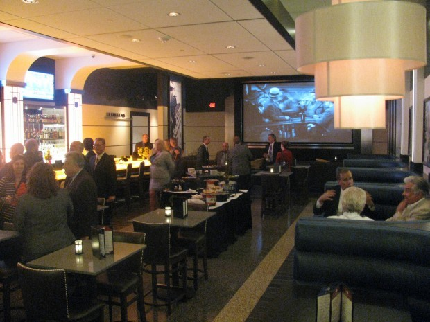 Relax Movie Lovers Reclining Seats Becoming Popular In Theaters Local News Madison Com