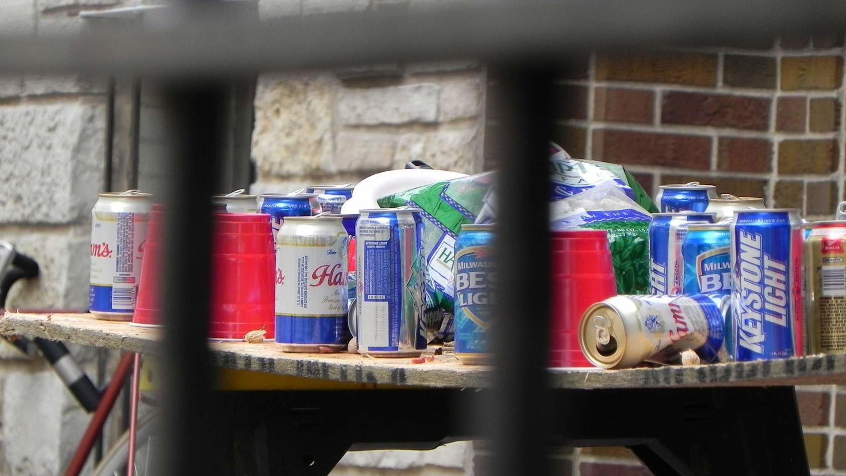 Where are binge and heavy drinking most common around Wisconsin?