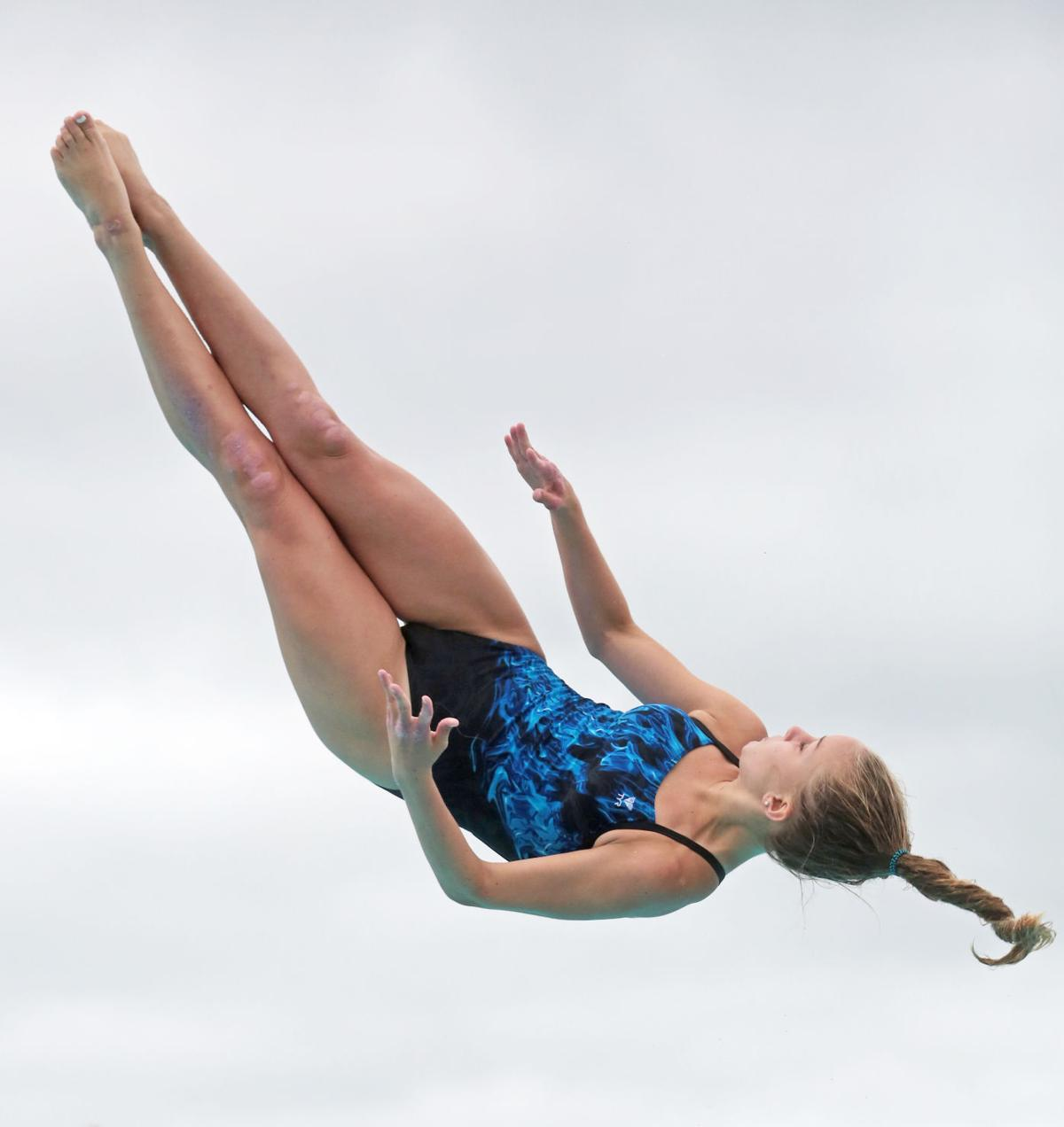 girl diver 7-25