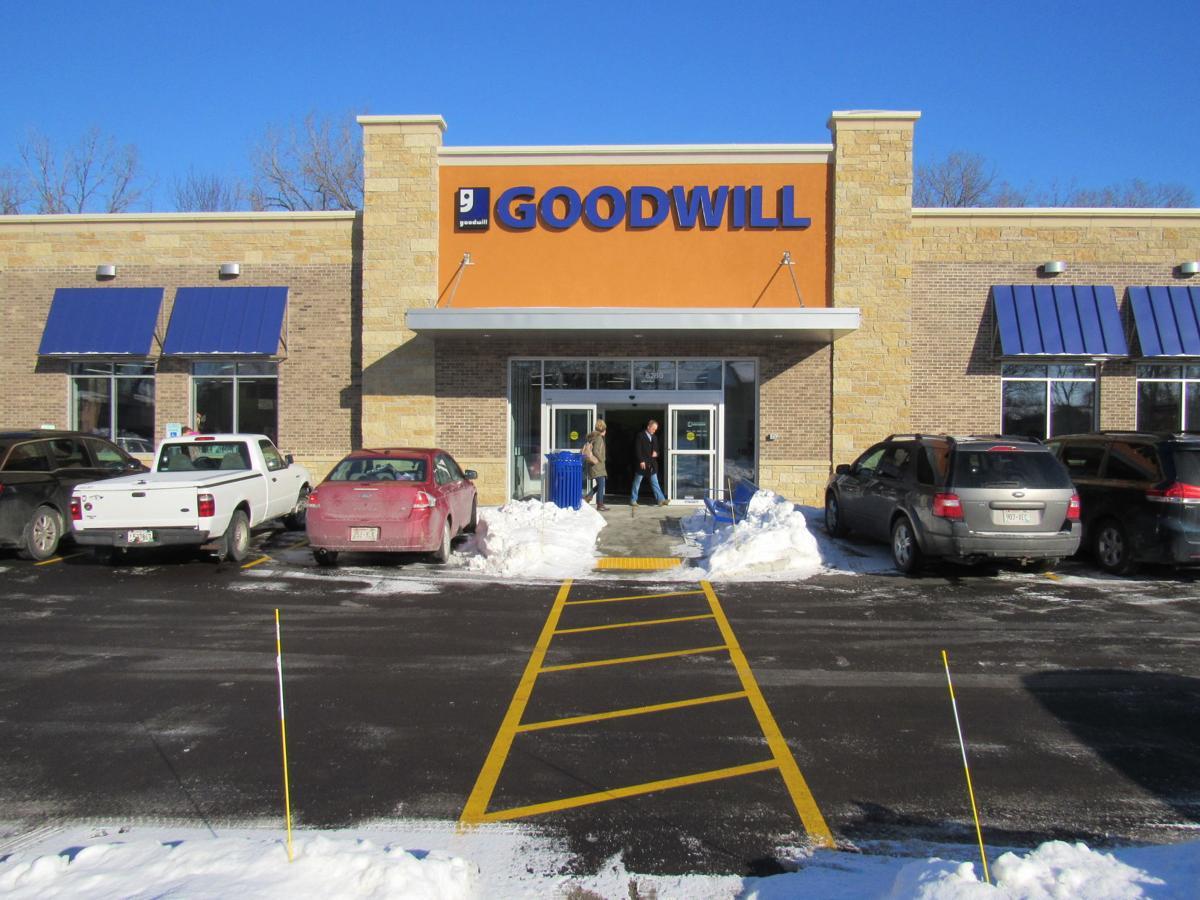 022419-wsj-biz-on-retail2