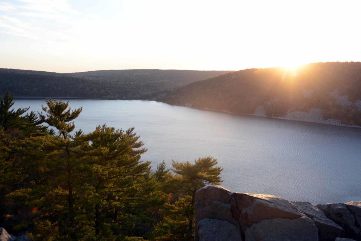 Devil's Lake shows autumn colors, Oct. 18 (copy)