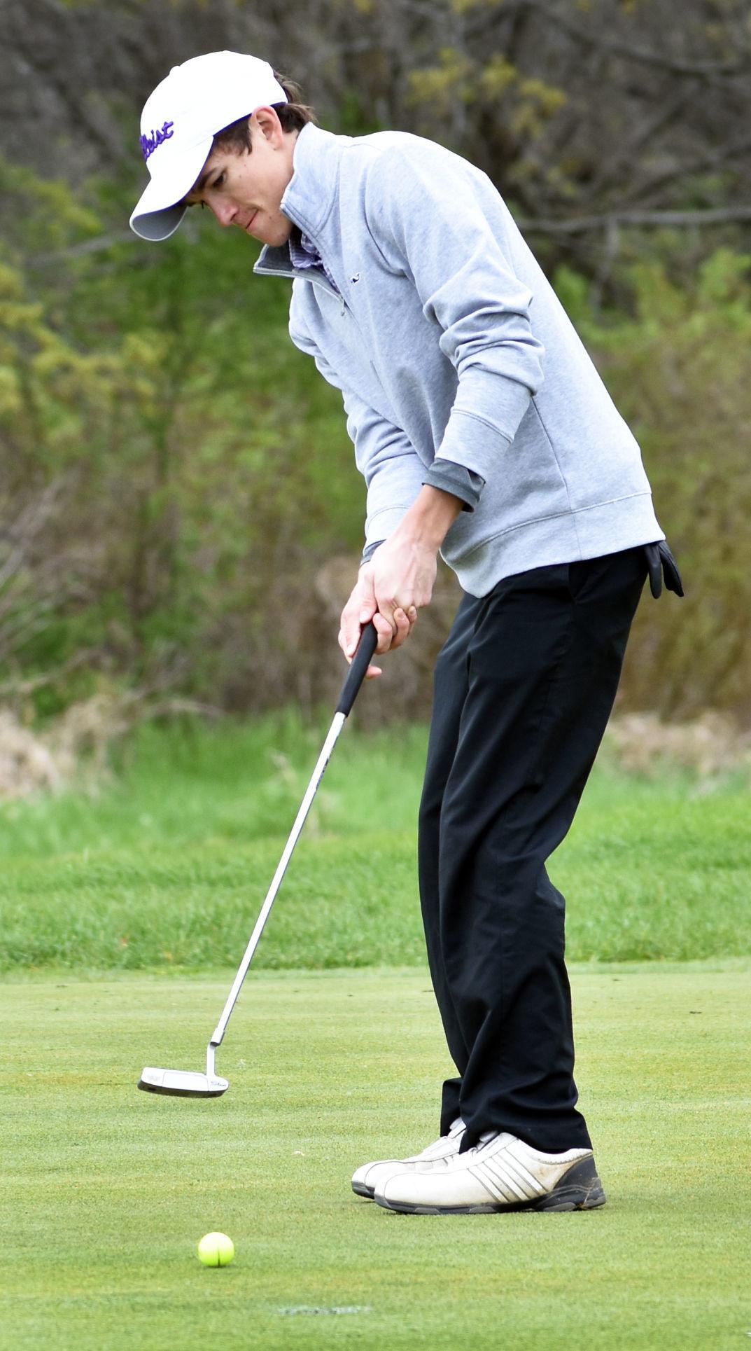 Prep boys golf photo: Waunakee's Sean Murphy