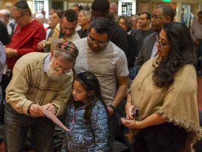 Vigil held in Shorewood Hills for 11 synagogue victims