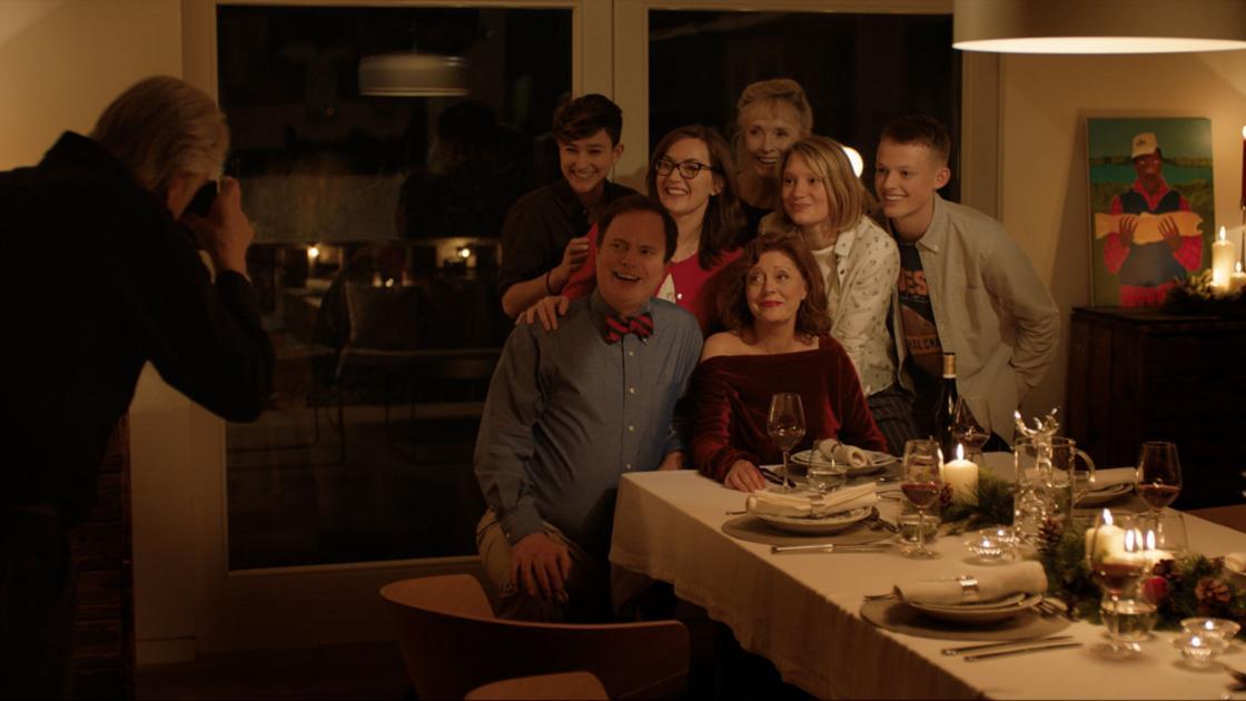 Movie review: Despite great cast, 'Blackbird' never takes off