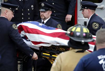 Wisconsin firefighter's death spurs outpouring of support