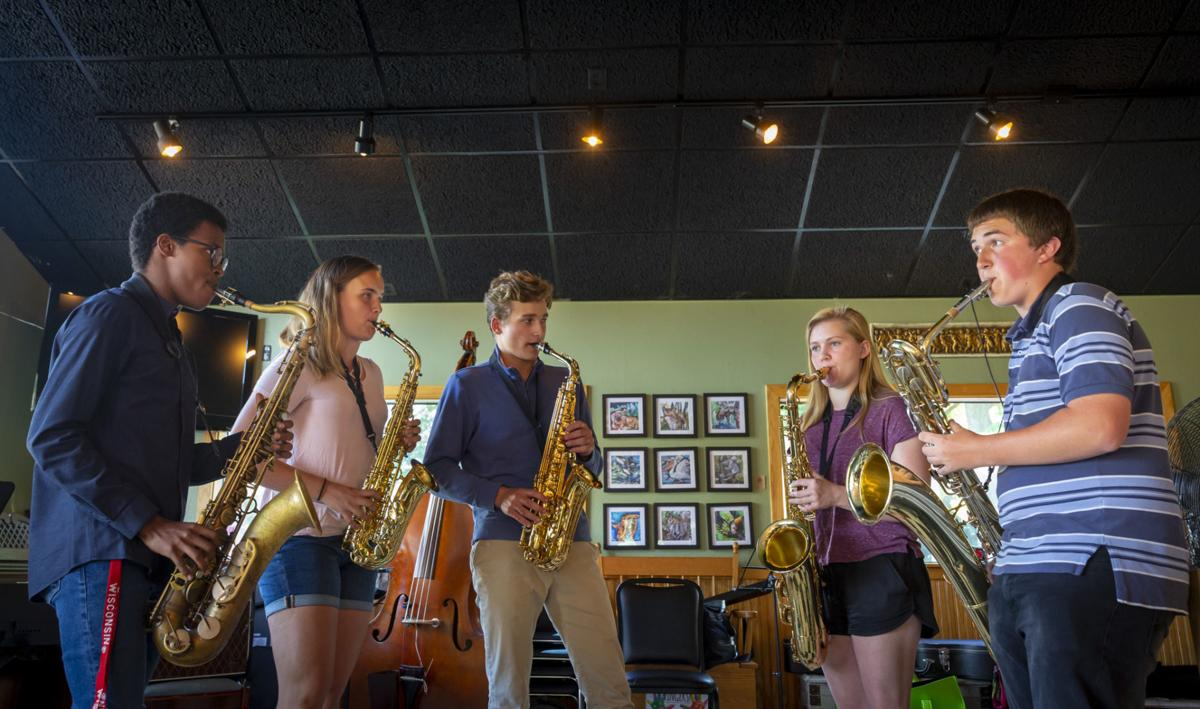 Middleton saxophonists to perform at Jazz at Five