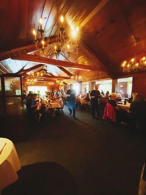 Pinewood Supper Club in Mosinee