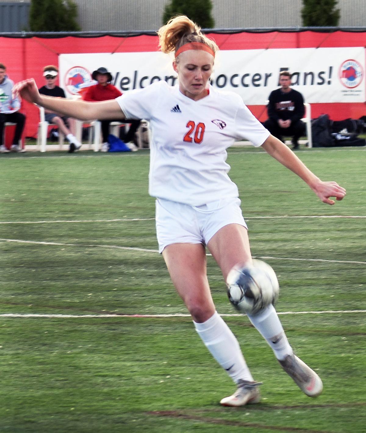 WIAA state girls soccer photo: Oregon's Emma Halverson