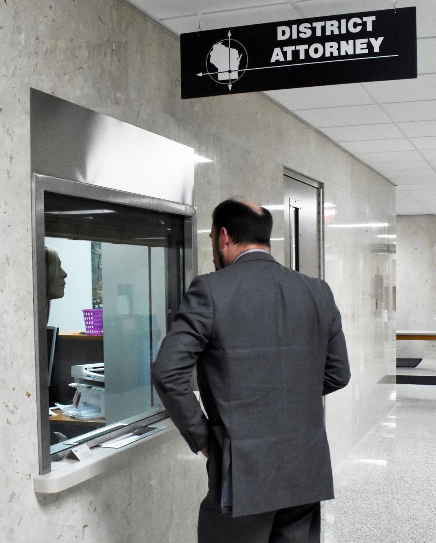 DA's office reopens
