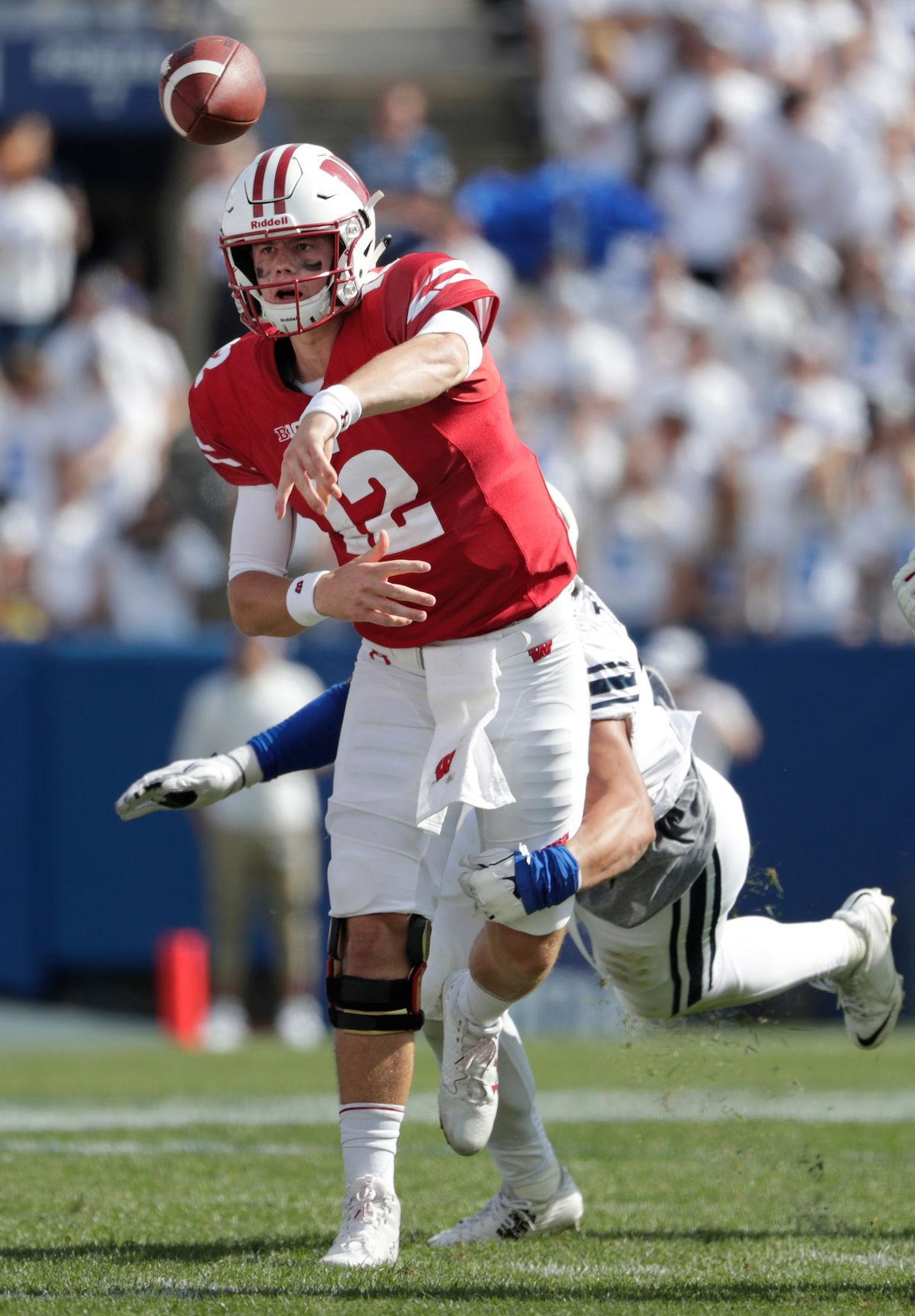 Hornibrook-B1G offensive player of the week