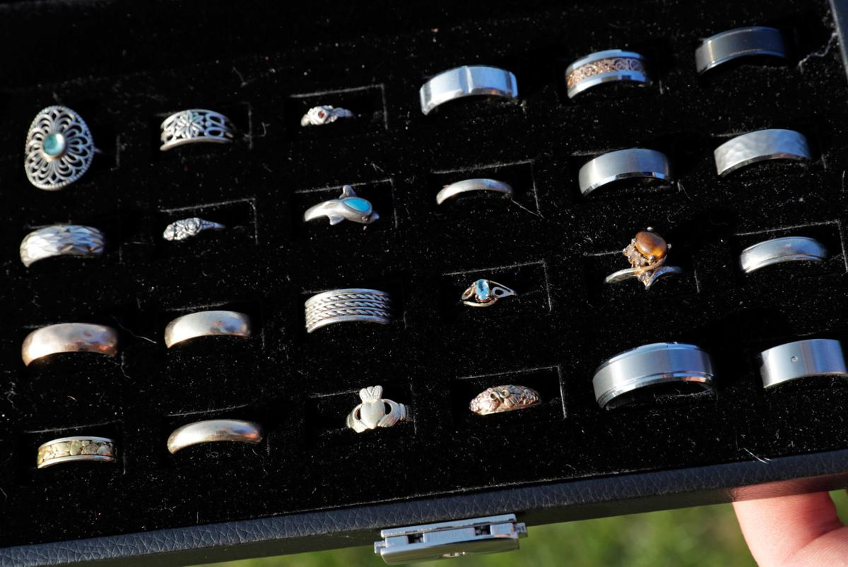 Ring Finder rings