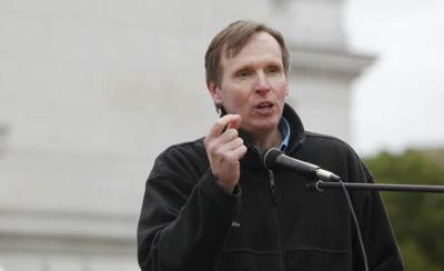 Former Wisconsin Democracy Campaign director mulling run for governor