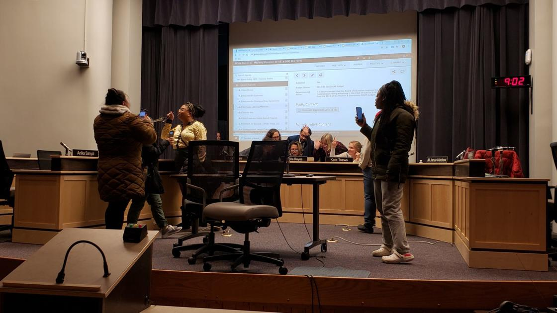 Approval of police officers for special events prompts protest at Madison School Board