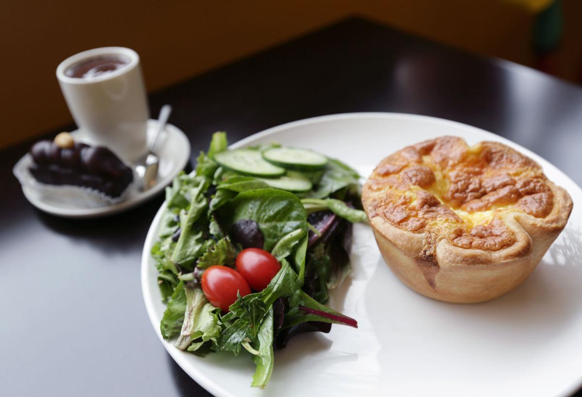 Chocolaterian Cafe quiche