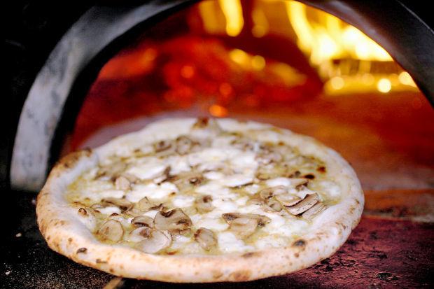 Pizza, Porta Alba