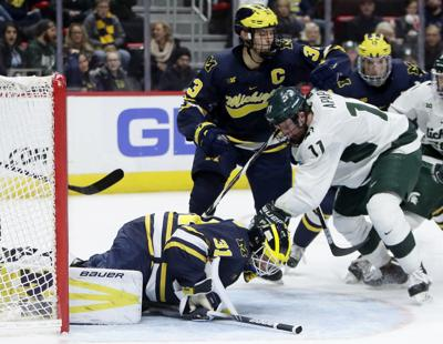 Entering Playoffs Big Ten Hockey Teams Find Sweeps Harder To Come