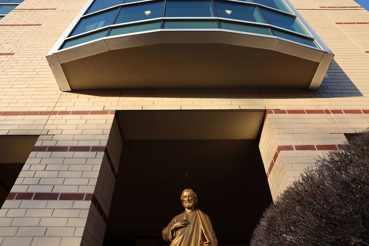 Catholic_hospitals_Ascension_StJoseph_07_published.jpg