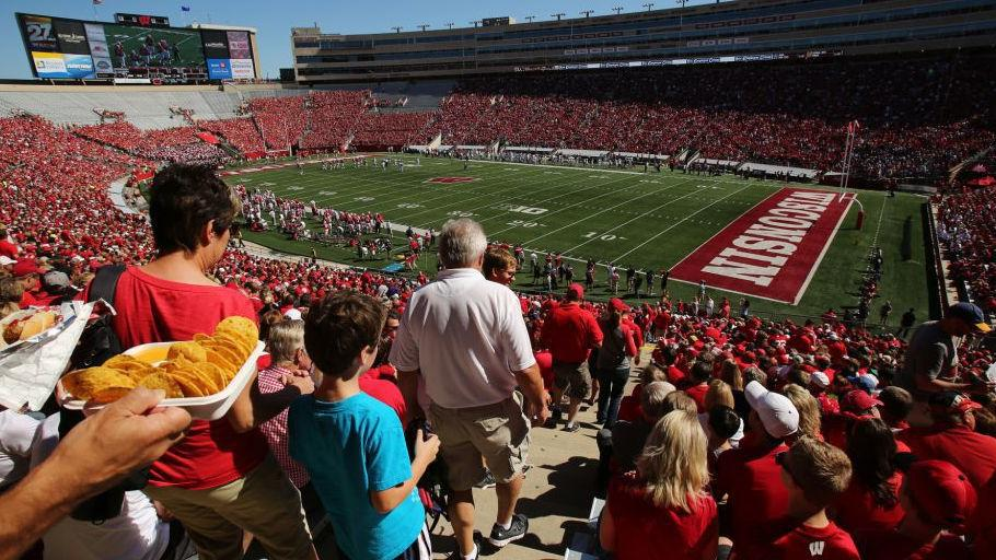 Wisconsin Badgers report 85% renewal rate for football ...