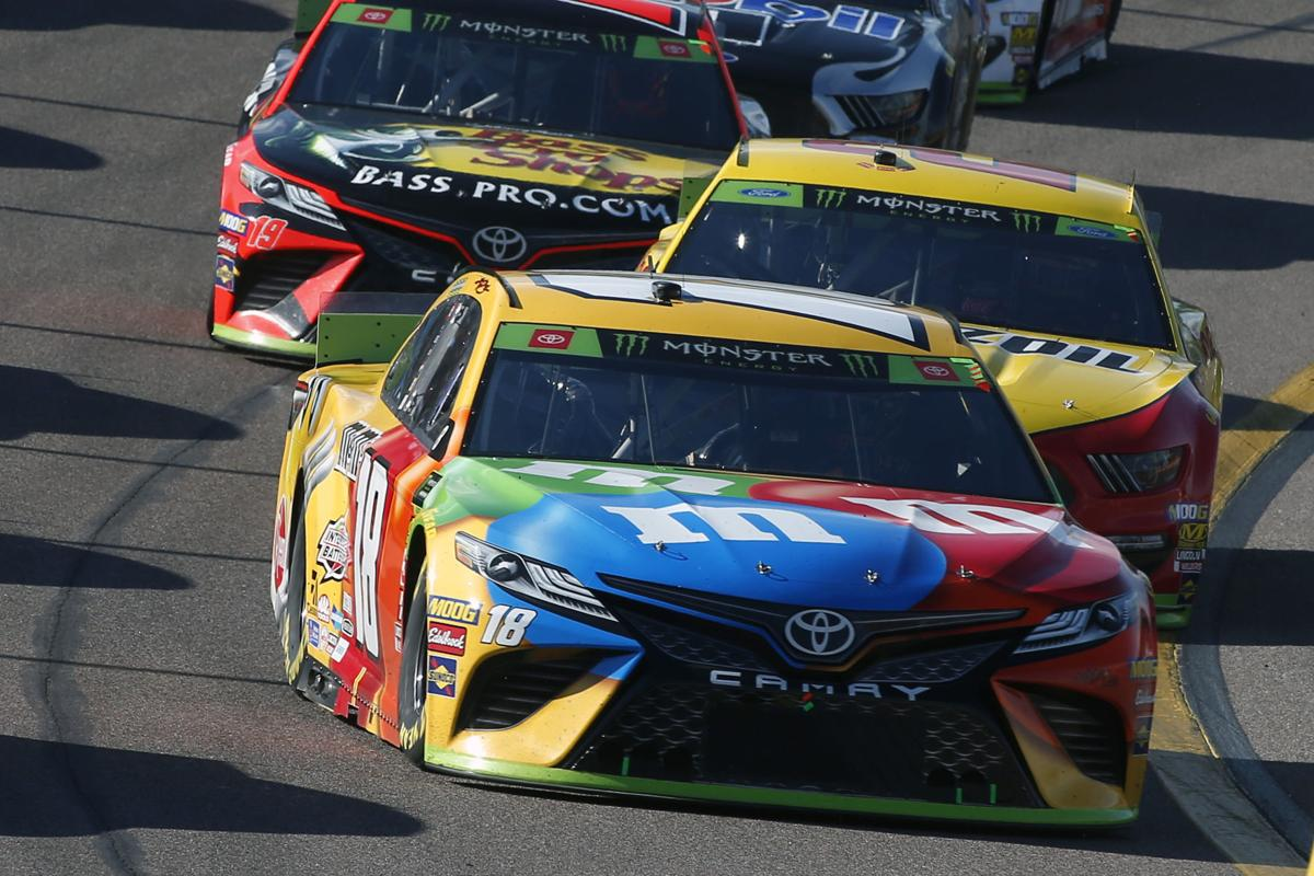 Kyle Busch car photo