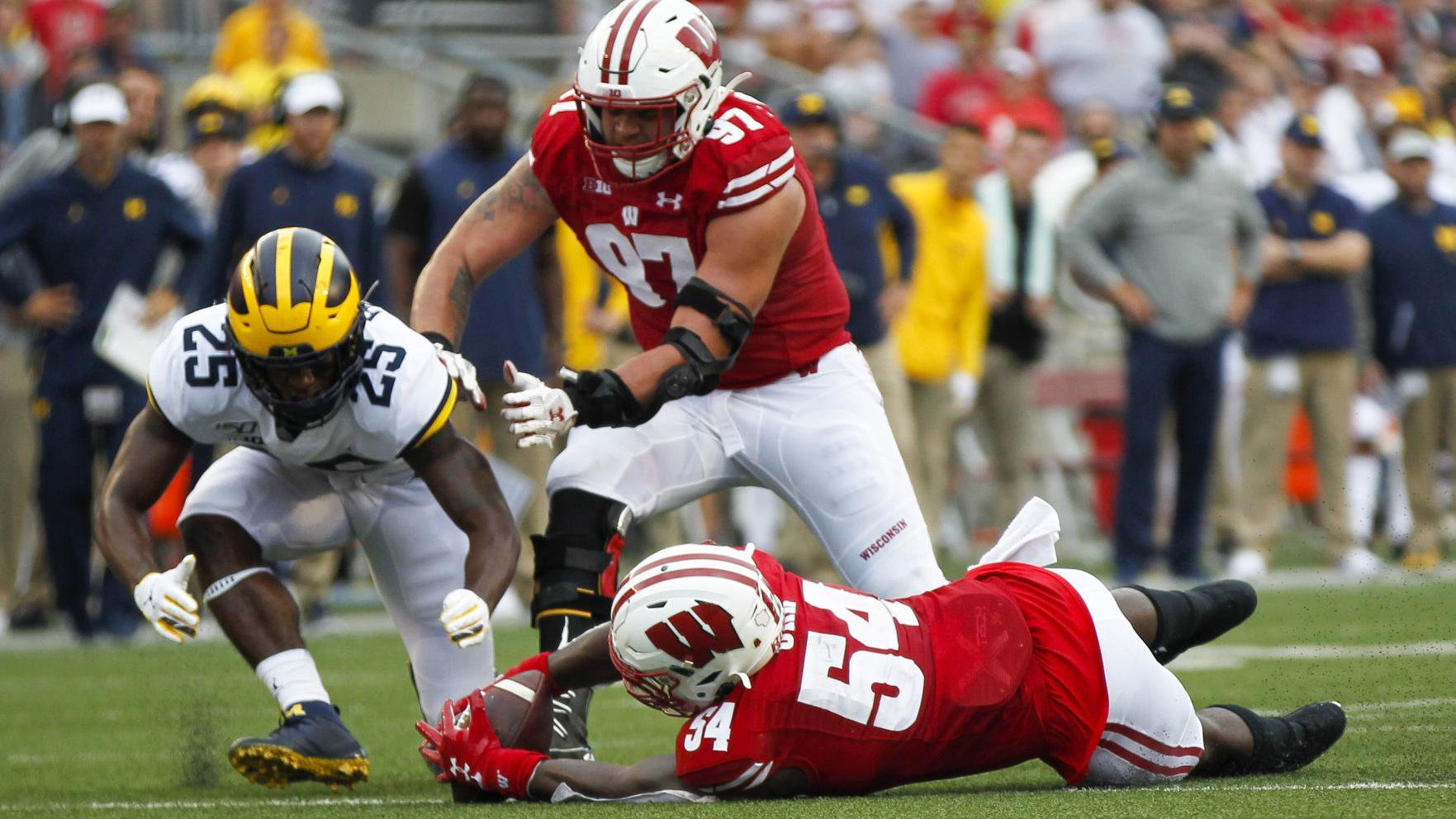 Expectations inside Wisconsin football team's locker room don't change following rout of Michigan