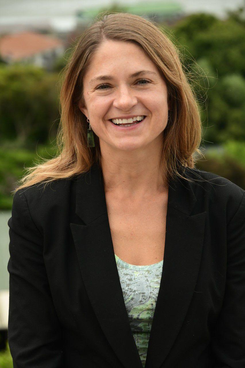 Holly Gibbs