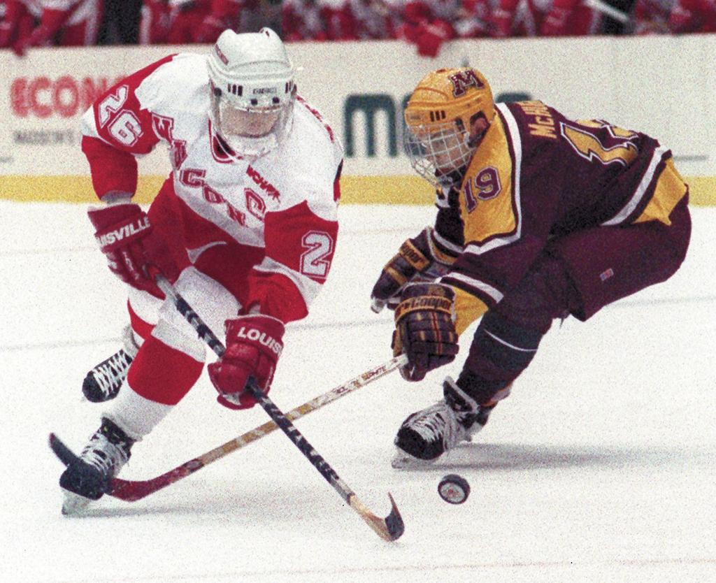 Badgers men's hockey: Mark Strobel named to fill coaching