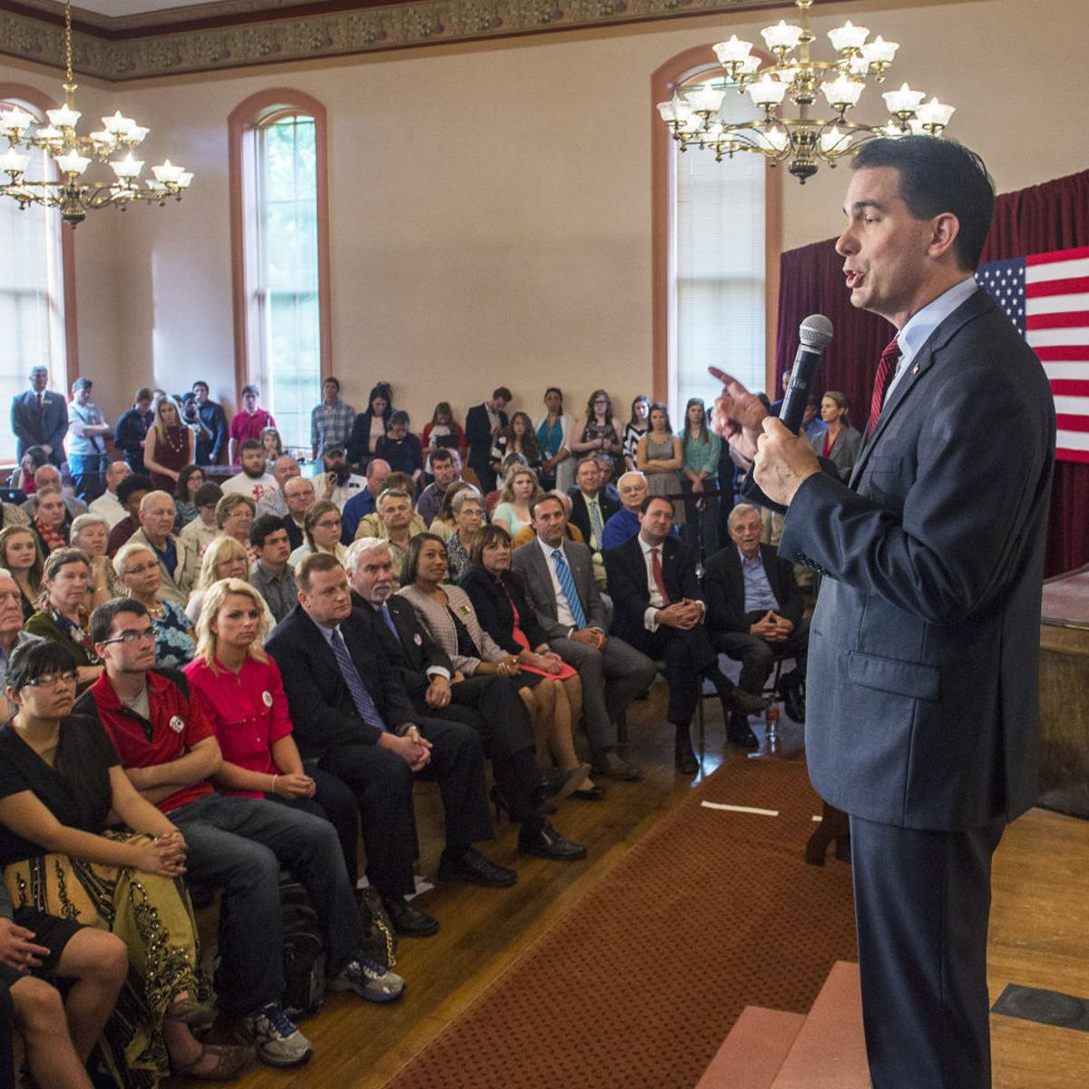 Scott Walker would put federal workers at center of his