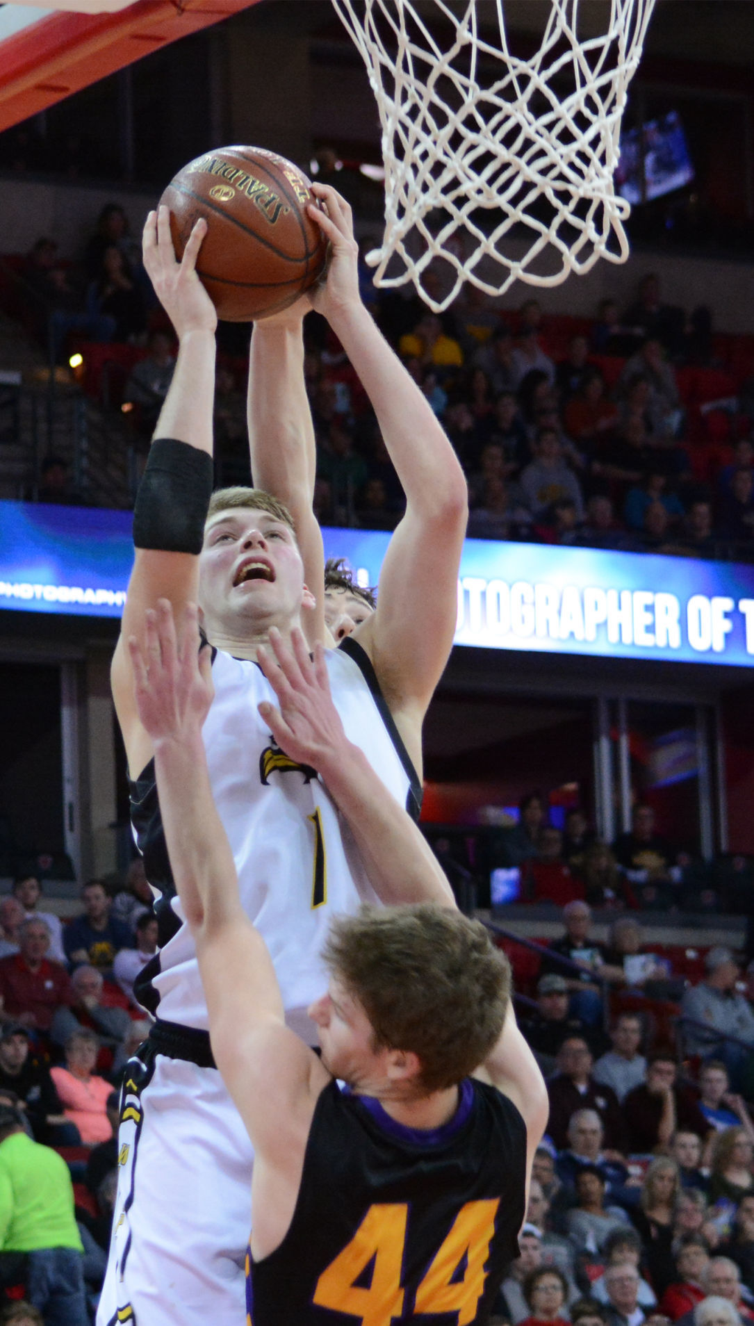 WIAA state boys basketball photo: Waupun's Marcus Domask