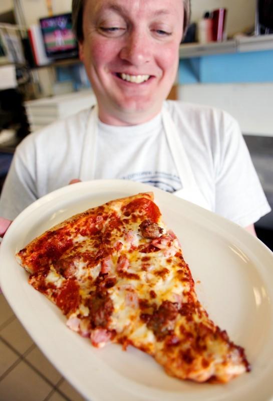 BRIAN GLASSEL PIZZA.jpg