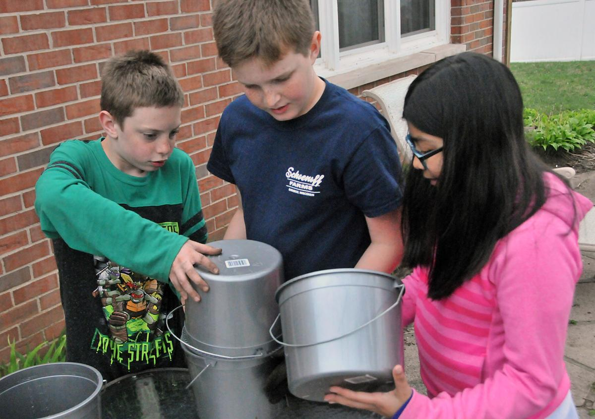 Students help out around town (copy)