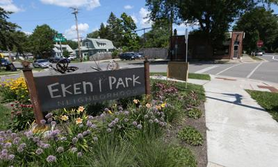 Eken Park sign