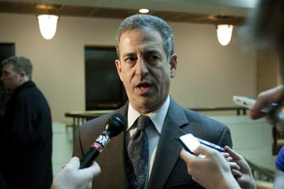Feingold meets the press