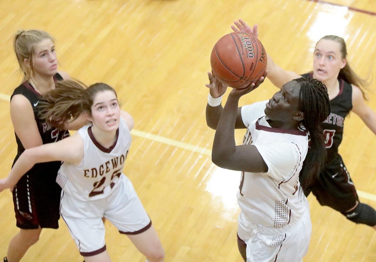 Prep girls basketball: Edgewood's Baluck Deang puts up a shot